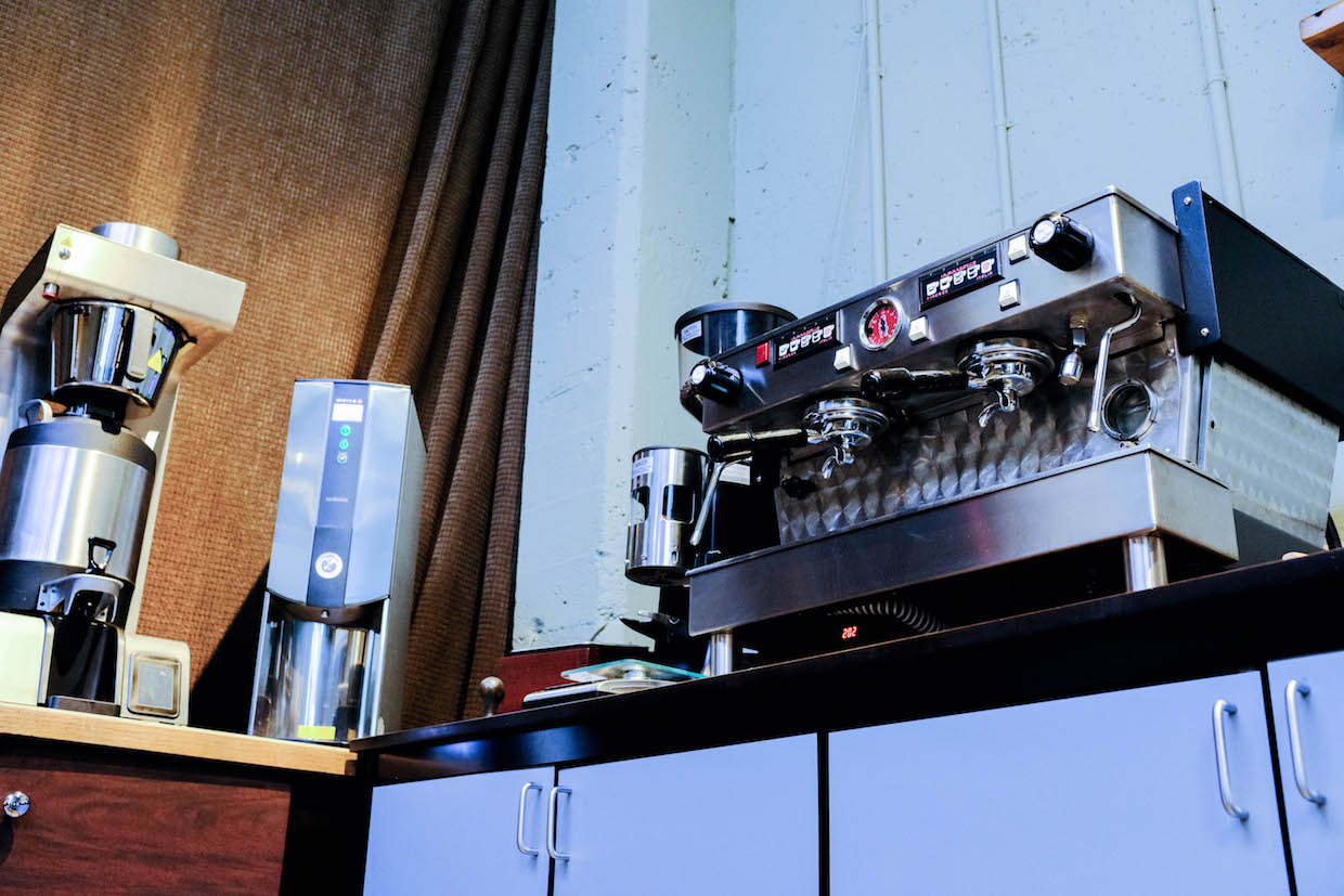 """Visions Espresso Seattle """"width ="""" 1240 """"height ="""" 827 """"/><p class="""