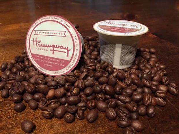 """hemingway coffee detroit"""" width = """"620"""" height = """"465"""" /></p></noscript><p> La société n'a fait aucune déclaration concrète concernant la durabilité environnementale ou La société de restauration de café Becharas Brothers Coffee Company a été contractée pour l'opération de café. Les gommes à café composantes à 100% composées de """"Heming C-Cups"""" de la marque sont rendues possibles grâce à une propriété exclusive de Highland Park, Michigan. Dispositif d'approvisionnement. Notamment, la partie filtrante en forme de maille des gousses ne ressemble pas à celle utilisée par le Club Coffee du Canada pour PurPod, un leader de l'industrie dans la compostabilité.</p><p> Les cafés Hemingway – dont la plupart portent le nom de Les points de repère iconiques des voyages d'Ernest Hemingway, tels que le Cubano Sato de Kilamanjaro de Papa, sont actuellement vendus aux consommateurs en ligne, avec 30 sacs de C-Cups vendus pour 29,95 $ et des sacs de 12 onces entiers Une vente pour 16,95 $.</p><p> <span id="""