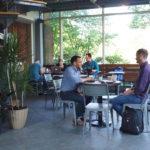 Le café passager dessine un nouveau café Blue Line à Lancaster, en Pennsylvanie