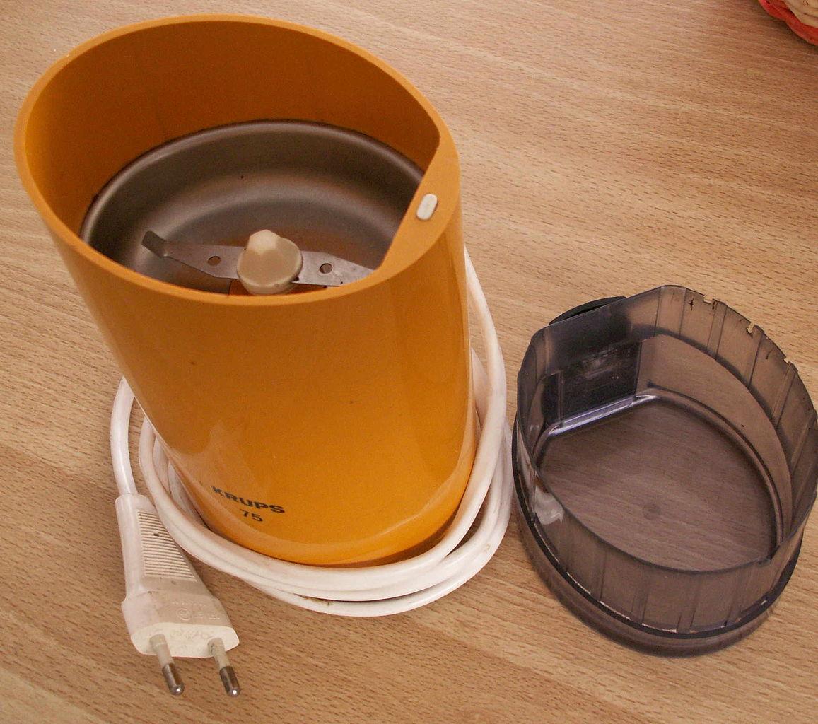 moulin à café à lame