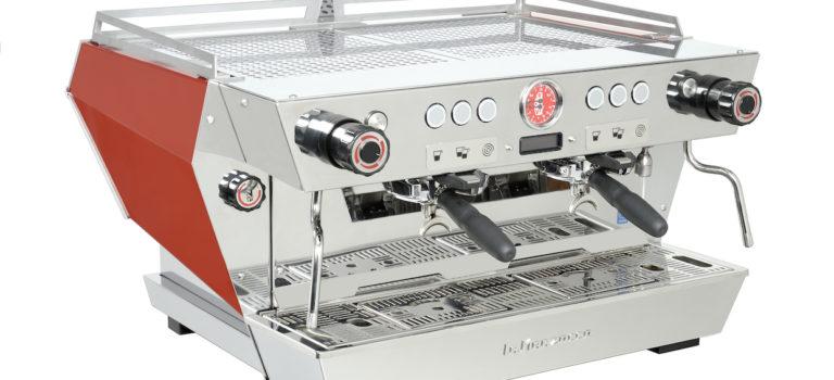La Marzocco dévoile le KB90, doté d'un porte-filtre ergonomique Design