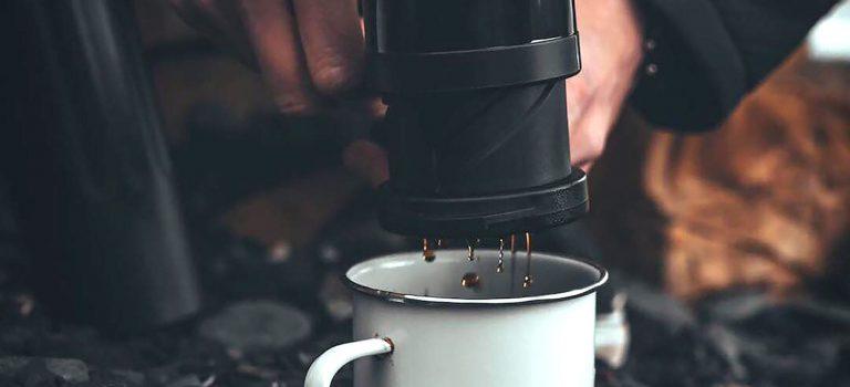 La Twist Press de Barista & Co s'engage dans la production quotidienne Daily Coffee de Roast Magazine