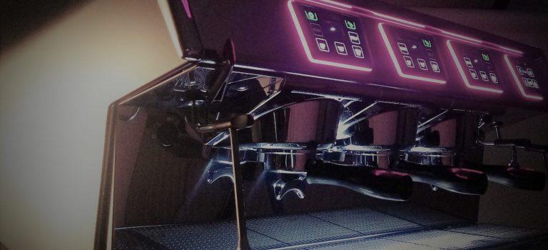Electrolux acquiert le fabricant français UnicDaily Coffee Maker de la machine à expresso par Roast Magazine