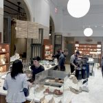 Dans la réponse au coronavirus, Blue Bottle Coffee ferme temporairement les 71 magasins aux États-Unis
