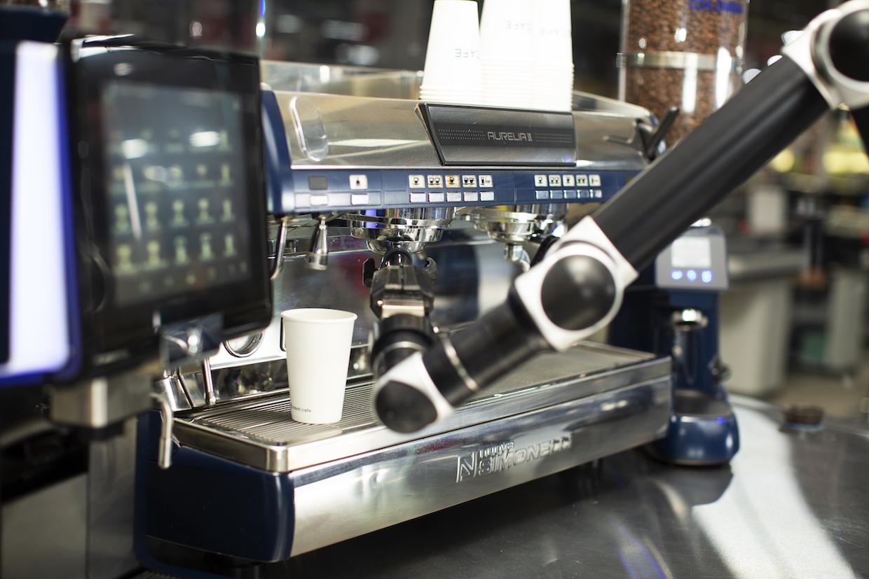 Robot Café Rozum 4